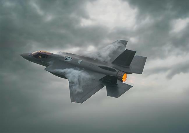 https://www.lone-star.com/wp-content/uploads/2021/07/Norwegian-F-35-2.jpg